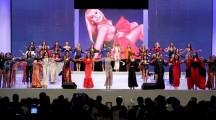 La coreografia di Miss Mondo Italia 2014 con gli abiti di Raffaella Carrà