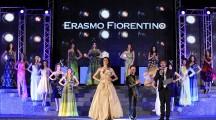 La sfilata con gli abiti di Erasmo Fiorentino sul palco di Miss Mondo Italia 2015