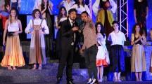Lino Perrone coreografo di Miss Mondo Italia sul palco di Canale 5 il 31Dicembre