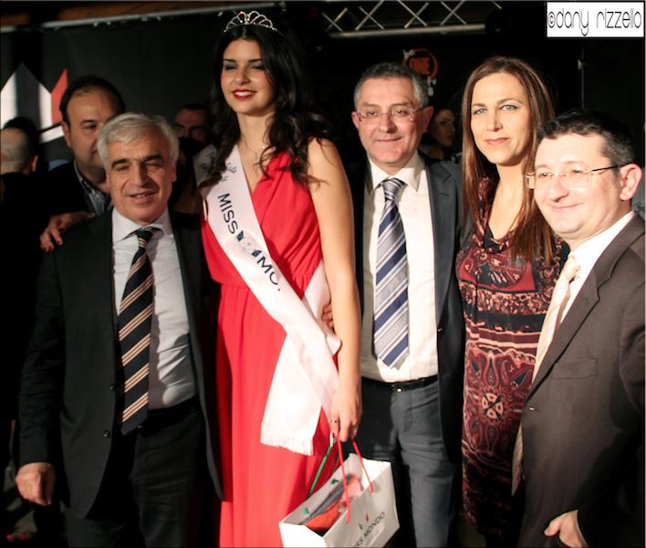 Miss mondo italia finale regionale surbo le ospite for Quattro stelle arredamenti surbo