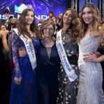 Da sinistra Giada Tropea Miss Mondo Italia 2016, Maria Rosaria De Simone direttrice artistica di MMI, Greta Galassi Miss Mondo Italia 2015 e Claudia Russo
