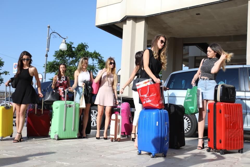 Le 150 Semifinaliste di Miss Mondo Italia arrivano a Gallipoli - 3