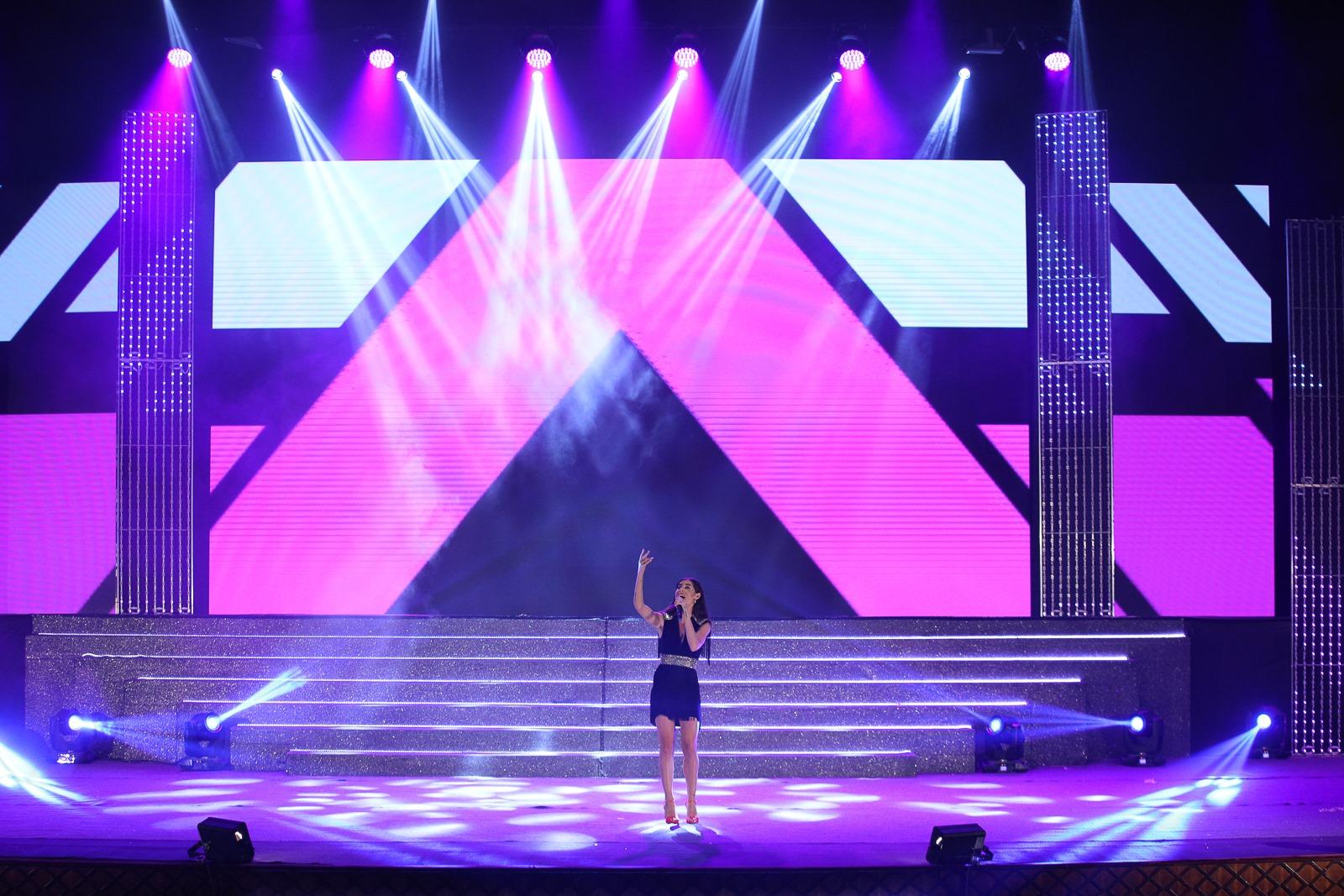 Bianca Atzei ospite della serata finale di Miss Mondo Italia 2019