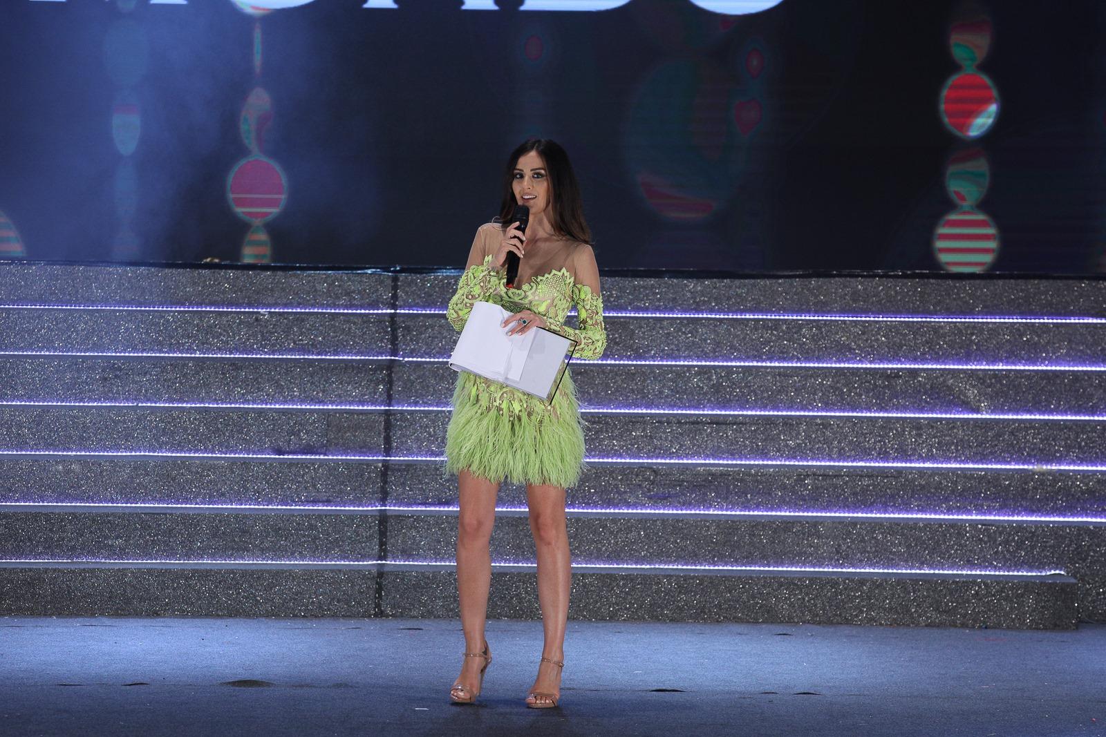 Giorgia Palmas conduce la serata finale di Miss Mondo Italia 2019