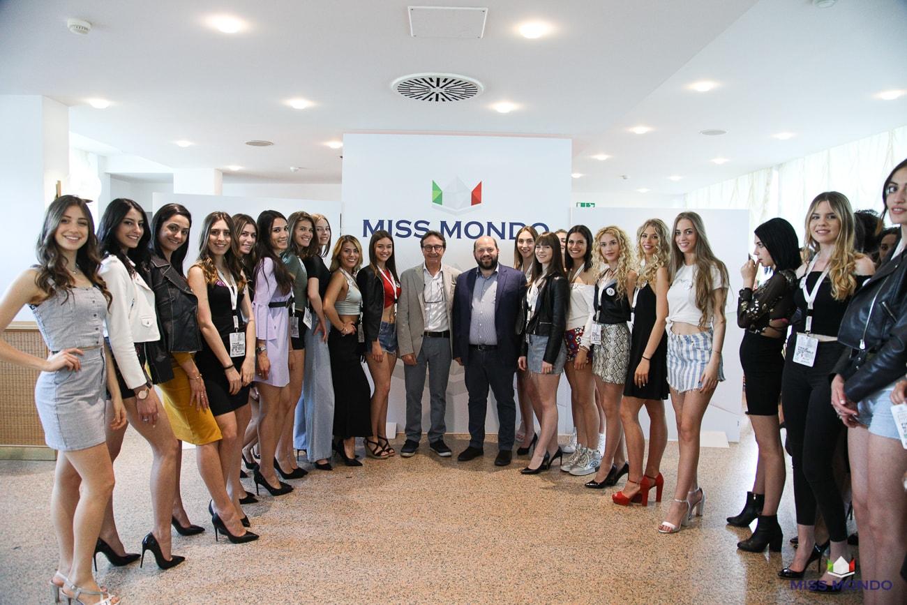 miss mondo 2019 con sindaco gallipoli