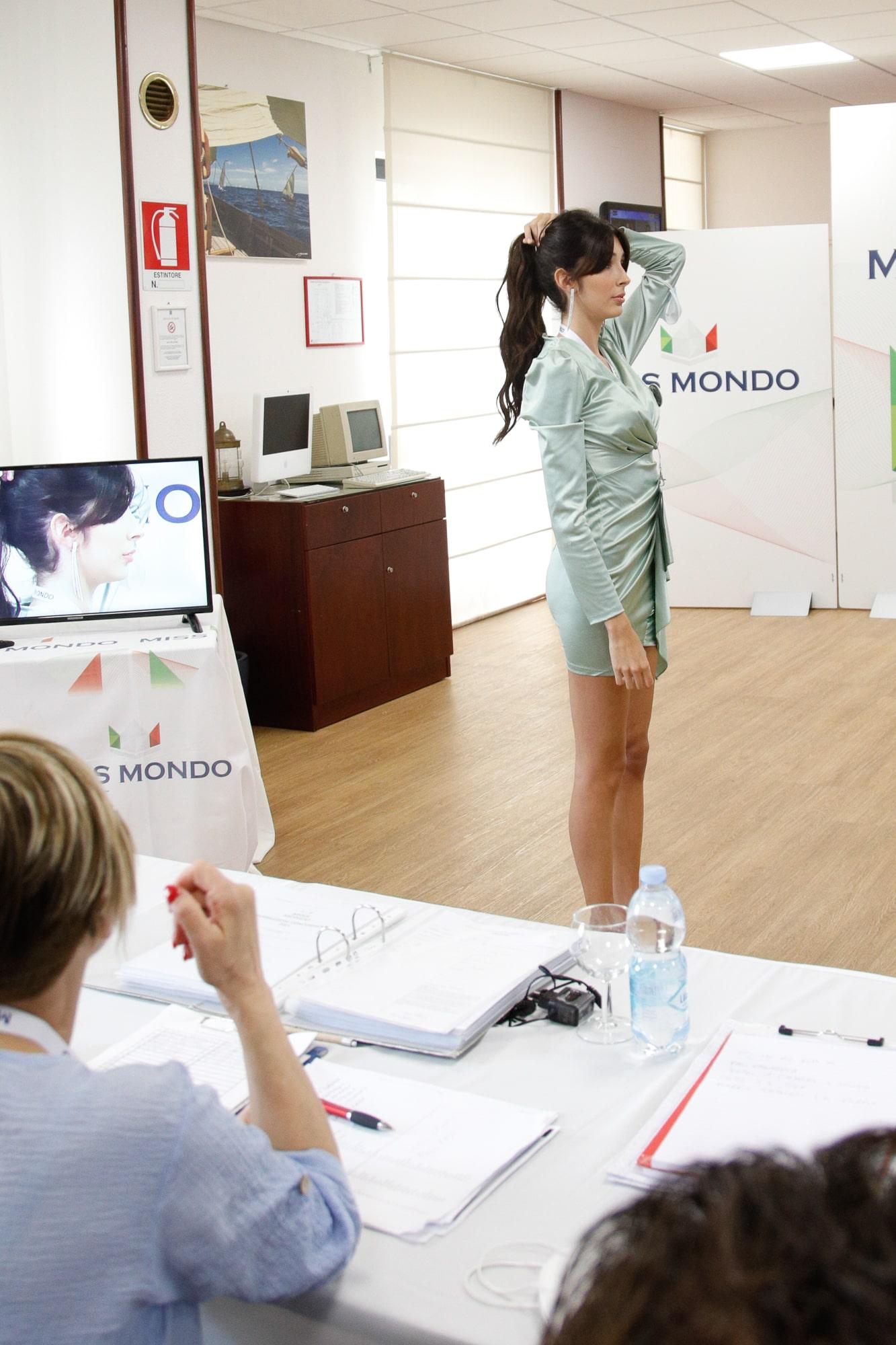 Secondo passaggio giuria per le ragazze di Missmondo Italia 2021 - 21