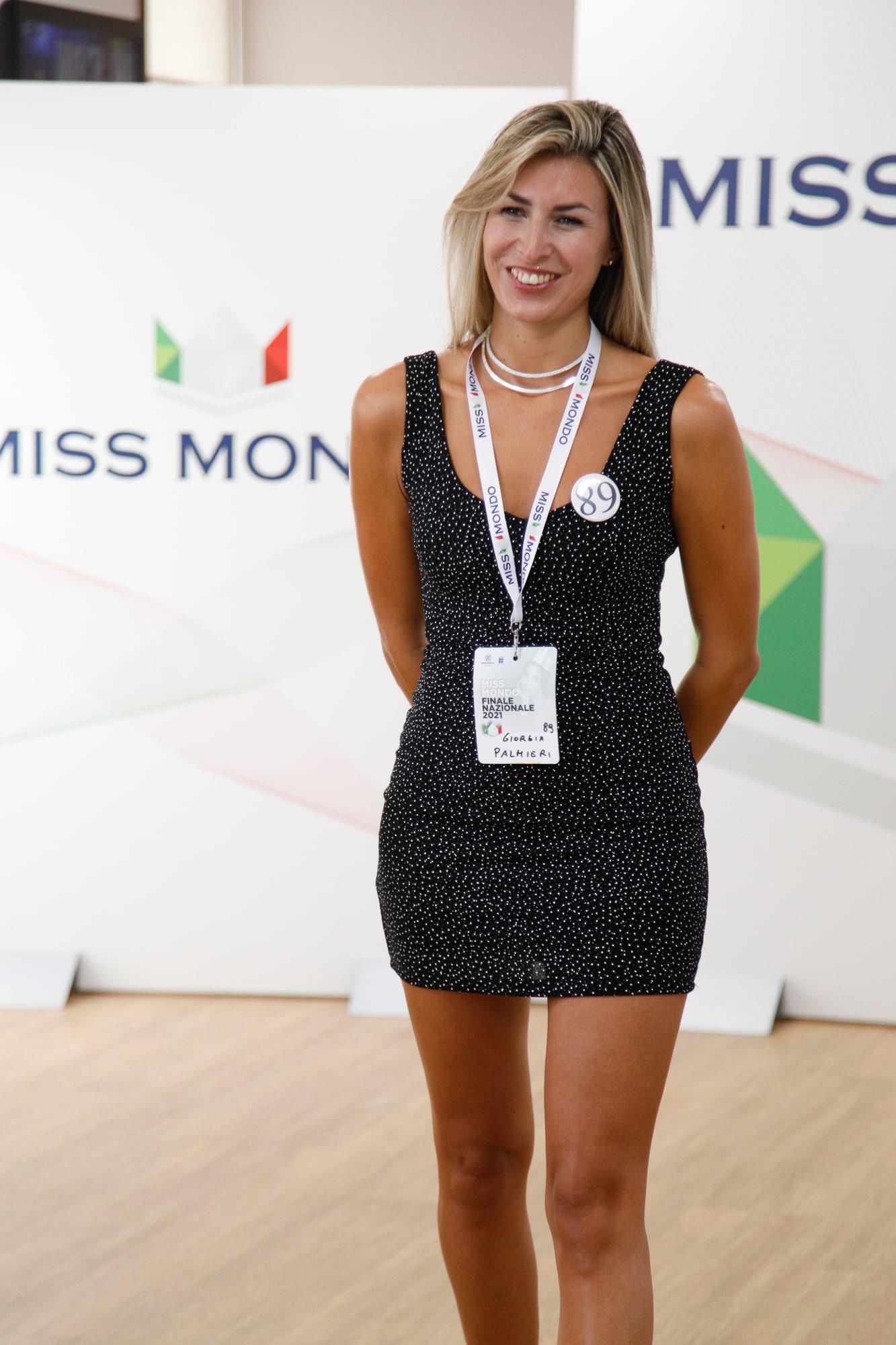 Terzo passaggio giuria per le ragazze di Missmondo Italia 2021 - 23